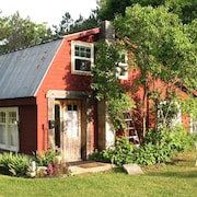 Cozy Clean Cabin Lavender Farm Accessible Upper Platte River 600./wk