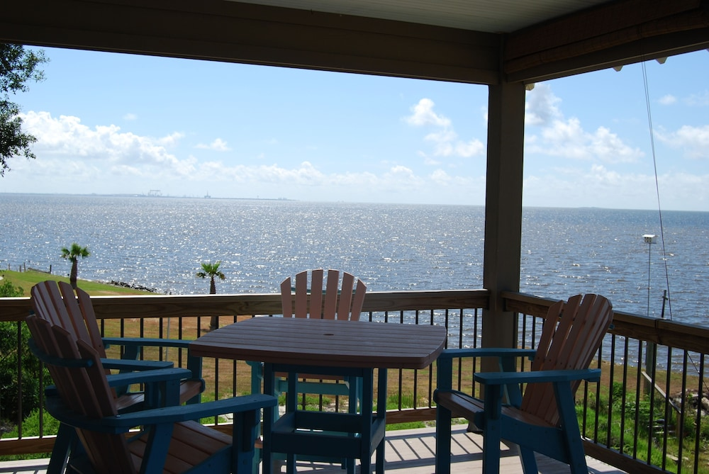 Private Pier Custom Beach Front Home With Awesome Views Of Horn