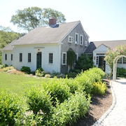 Now With ULV Fog! Truro's Best! Elegant National Seashore Park Antique Sleeps 12
