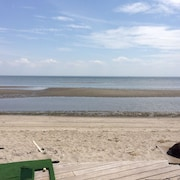 Elegant Beachfront Last Week Summer Special! - Aug 17th to 24th$2500.00
