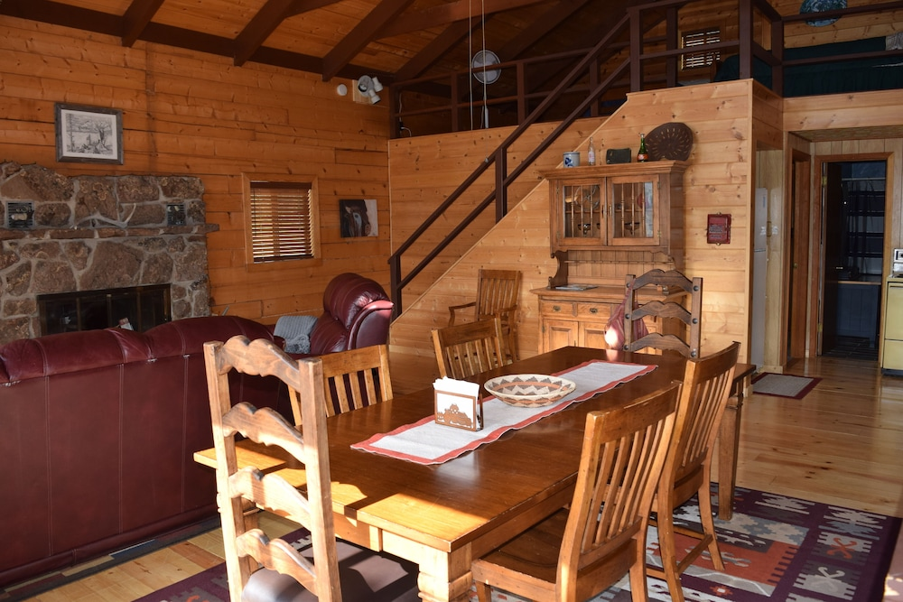 In-Room Dining, Large Rustic Cabin & Mountain Views