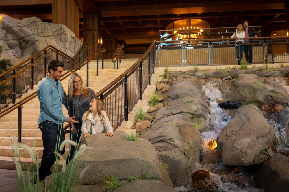 Interior Detail, Gaylord Rockies Resort & Convention Center