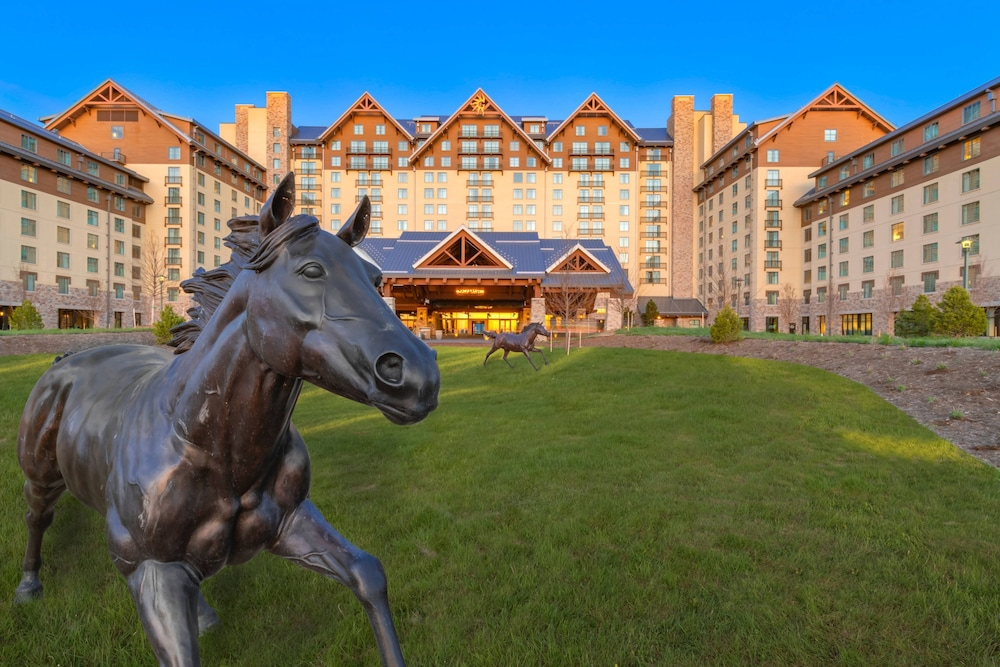 Exterior, Gaylord Rockies Resort & Convention Center