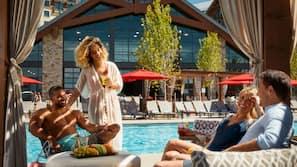 2 indoor pools, seasonal outdoor pool, sun loungers