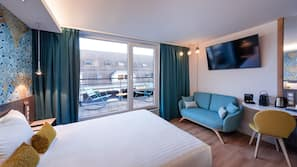 Roupas de cama premium, cofres nos quartos, individualmente decorados