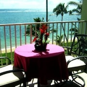 Beachfront~ Tropical Home Away From Home----- Discounted Rates !!!!