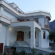 Hunza experience guest house