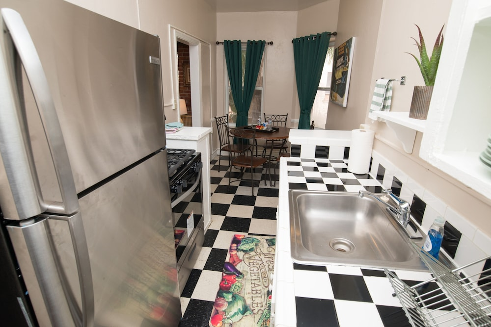 Private Kitchen, The Canterbury Suites