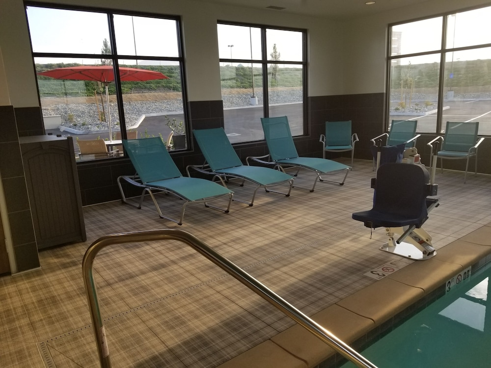 Indoor Pool, Hampton Inn Arvin Tejon Ranch, CA