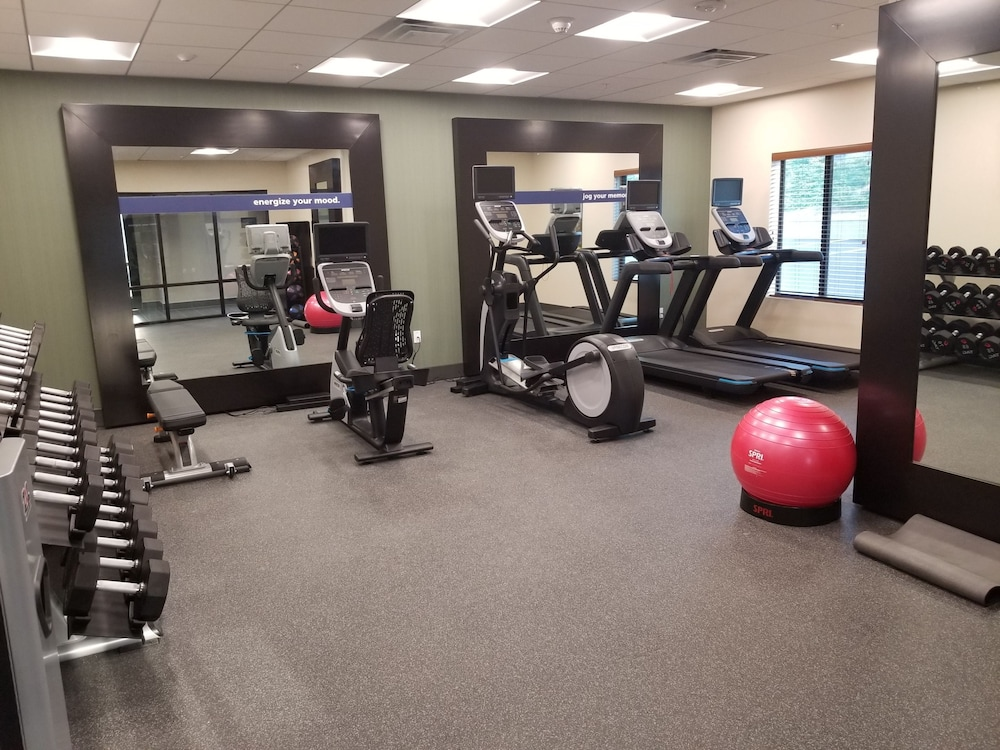 Fitness Facility, Hampton Inn Arvin Tejon Ranch, CA
