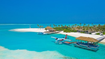 Innahura Maldives Resort