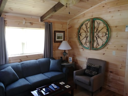 Moore Rd. Cabin # 3 Approx. 1 Mile From Tryon International Equestrian Center