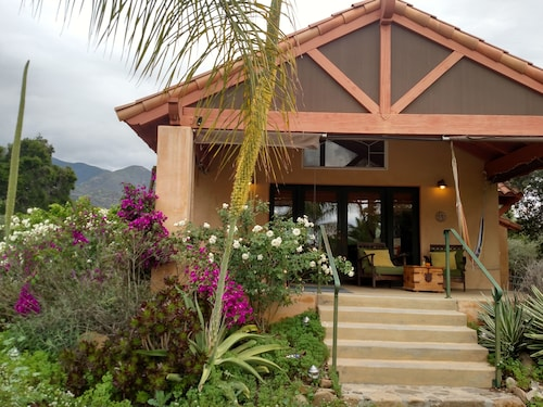 Exceptional Getaway at Casita Ojai