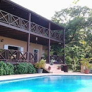 Villa In Lush Tropical Surroundings.magnificent Bay + Sea Views.complete Privacy