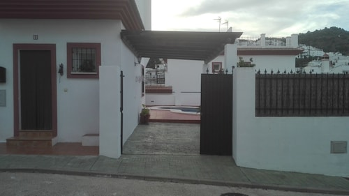 Riu Tolox. Detached House With Private Pool