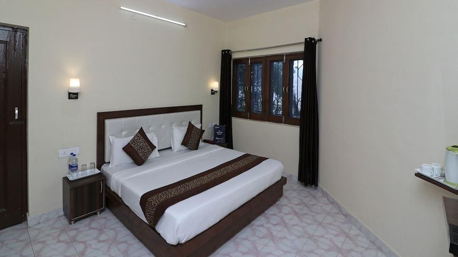 OYO 12853 The Kings Kalandi Resort