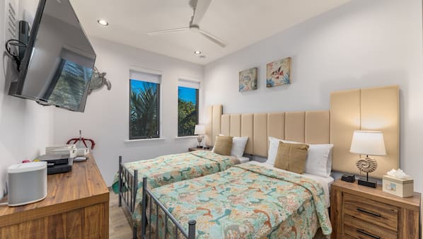 8 bedrooms, in-room safe, iron/ironing board, travel crib