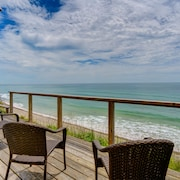 NEW Listing! Oceanfront Home W/deck, Amazing Sunset Views & Beach Access-dogs OK