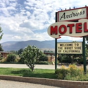Andruss Motel