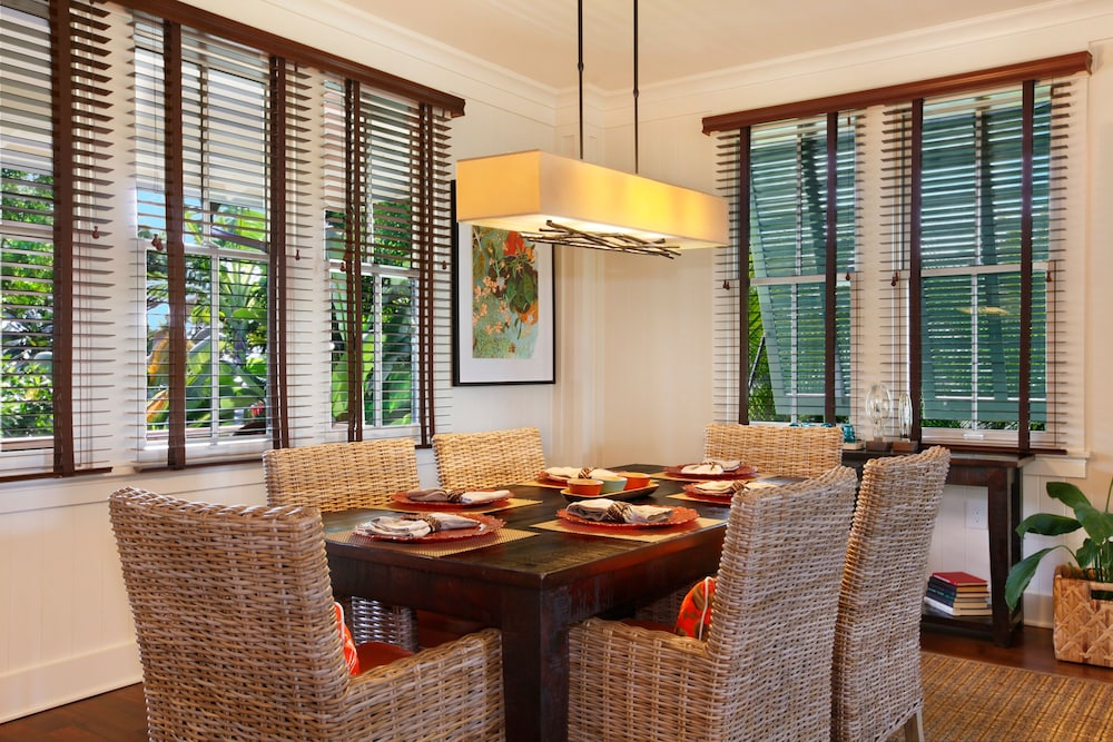 In-Room Dining, The Lodge at Kukui'ula