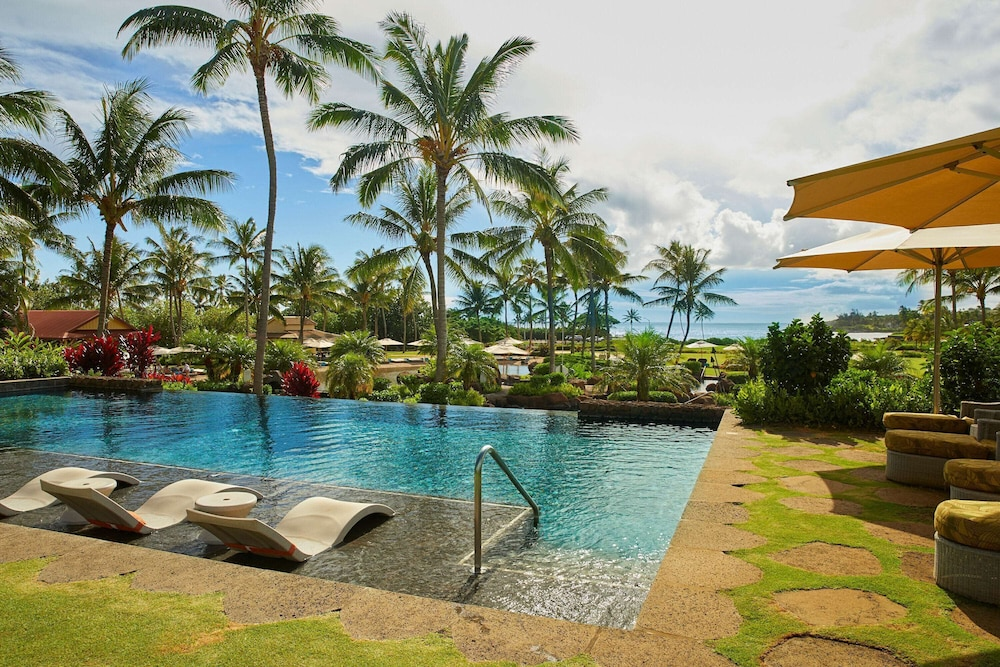 Pool, The Lodge at Kukui'ula