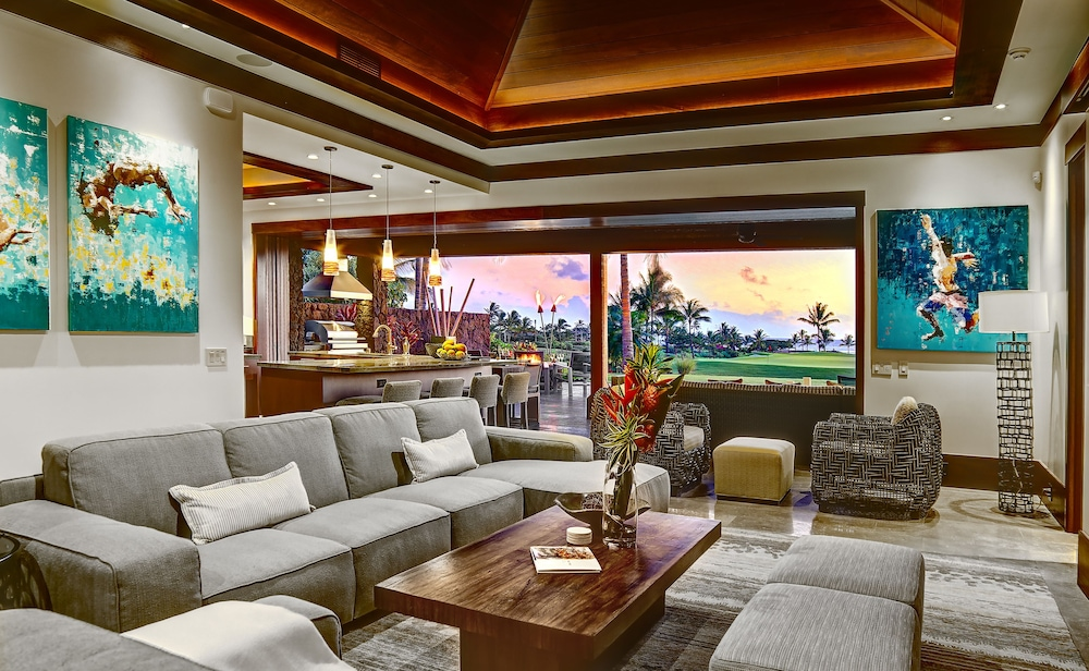 Living Room, The Lodge at Kukui'ula