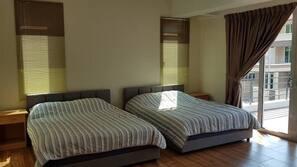 5 ห้องนอน, เตารีด/โต๊ะรีดผ้า, บริการ WiFi ฟรี