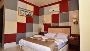 1 bedroom, premium bedding, free minibar, in-room safe