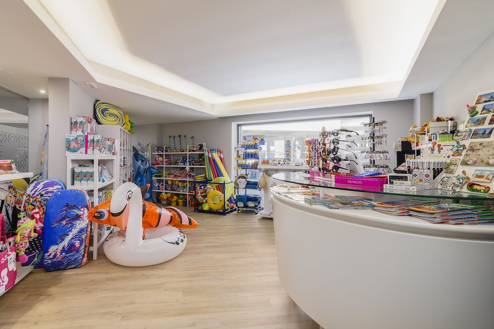 Gift Shop, Jupiter Albufeira Hotel - Family & Fun