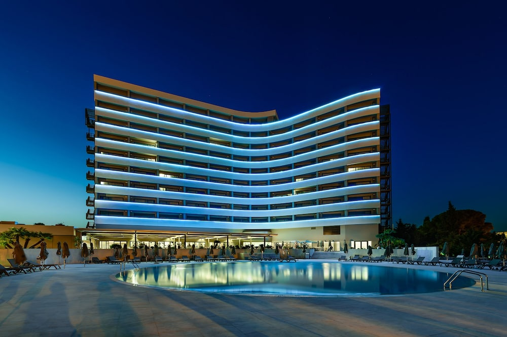 Outdoor Pool, Jupiter Albufeira Hotel - Family & Fun