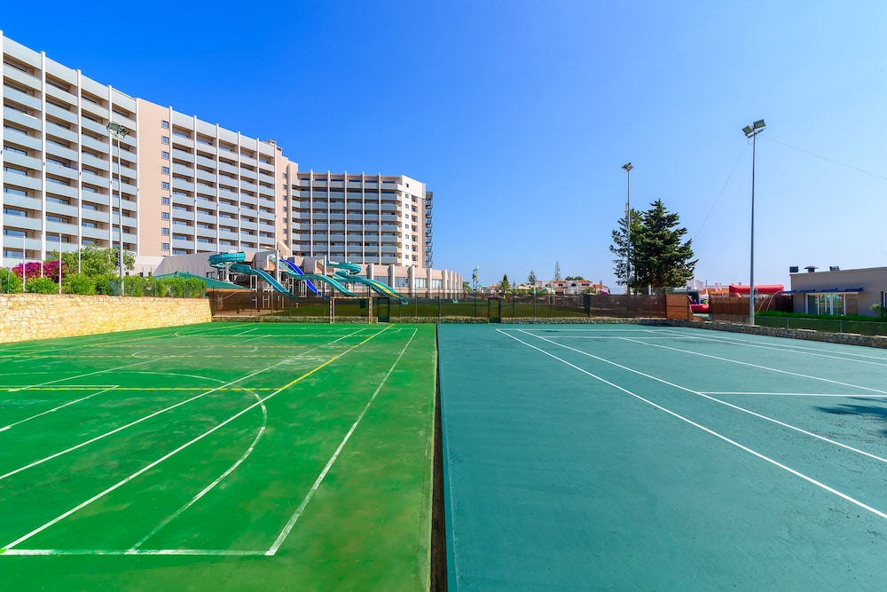 Sport Court, Jupiter Albufeira Hotel - Family & Fun
