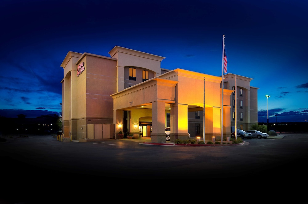 Exterior, Hampton Inn & Suites Gallup