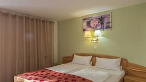 Egyptian cotton sheets, in-room safe, soundproofing, free WiFi