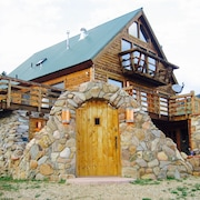 Luxury Mountain Cabin Near Angel Fire and Red River-memorial Weekend Discount!