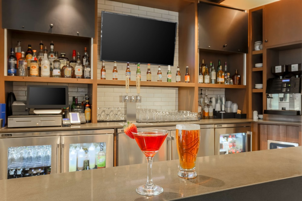 Bar, Hyatt Place Austin Cedar Park