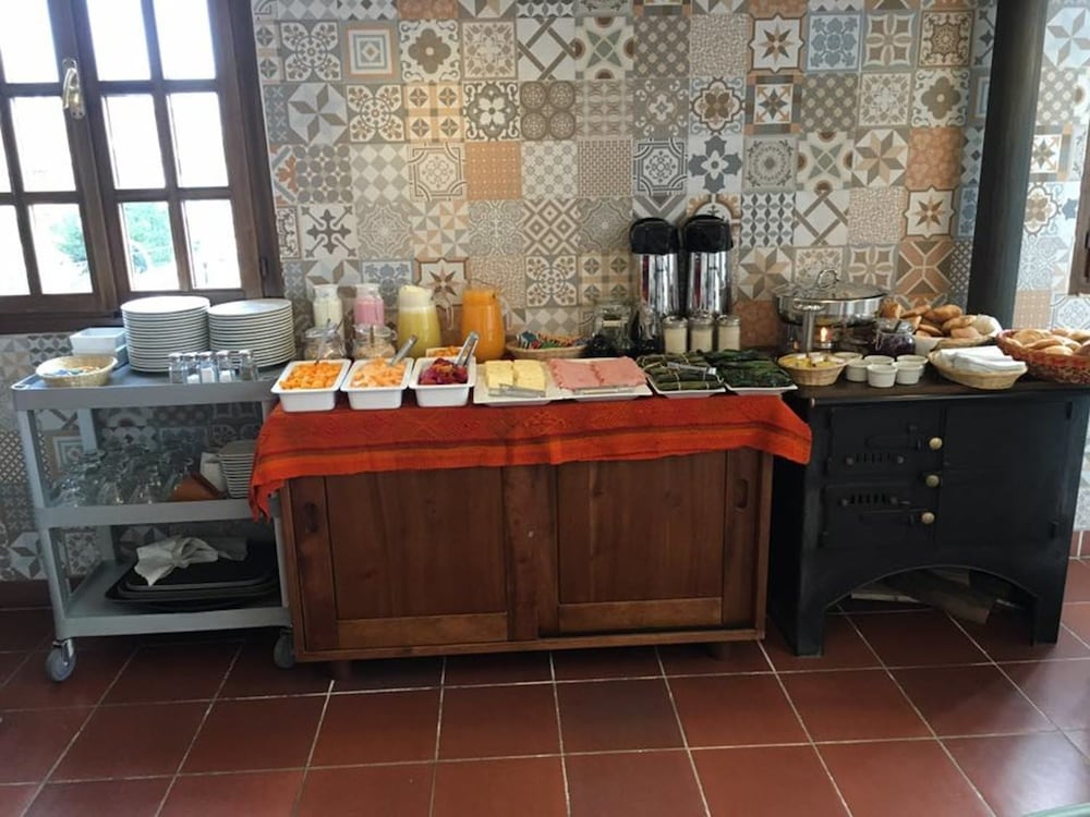 Breakfast Area, La Aurora Hotel