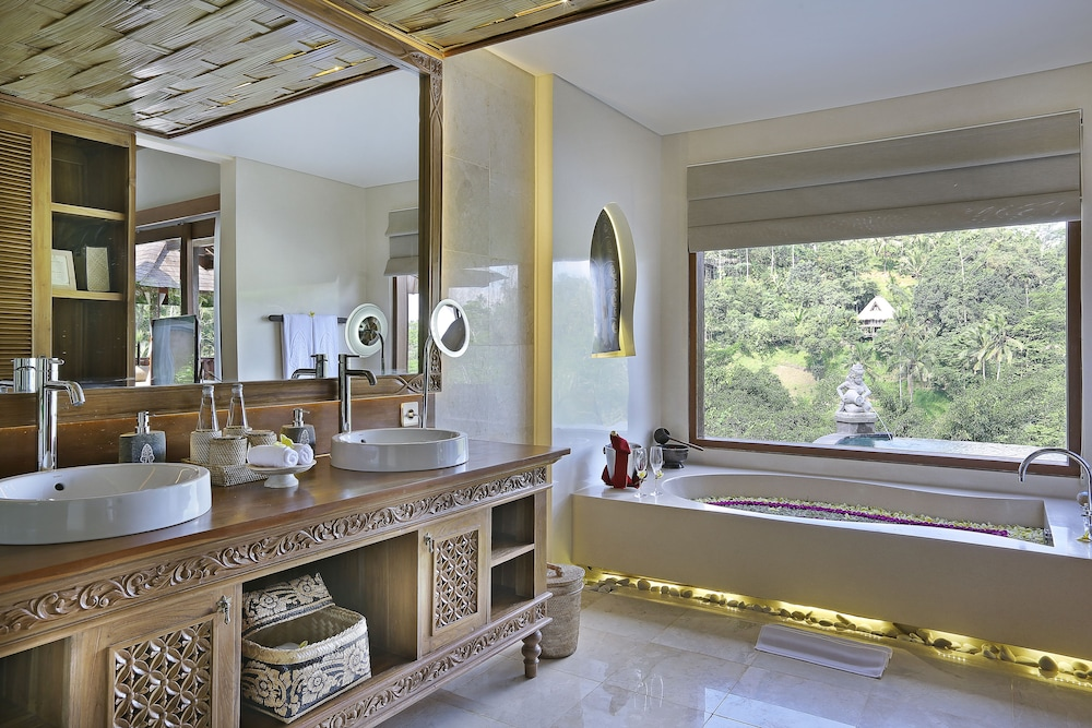 Bathroom, The Kayon Jungle Resort by Pramana