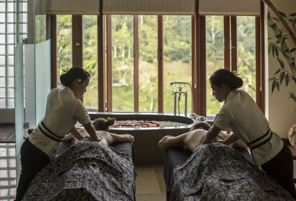 Massage, The Kayon Jungle Resort by Pramana