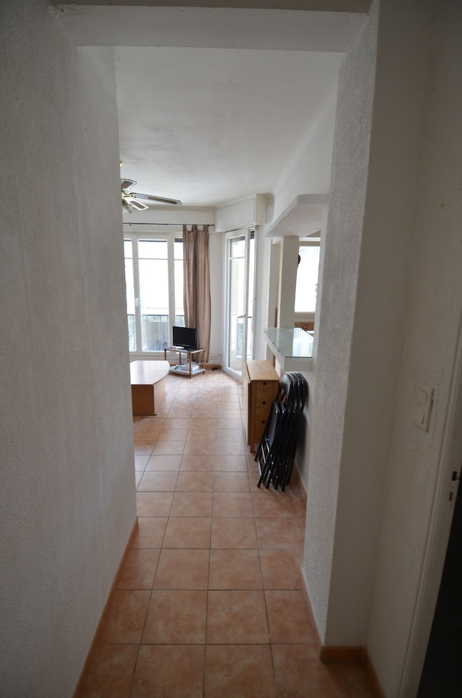 Room, Large studio 4 persons near Promenade des Anglais in Nice