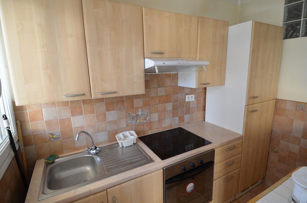 Private Kitchen, Large studio 4 persons near Promenade des Anglais in Nice