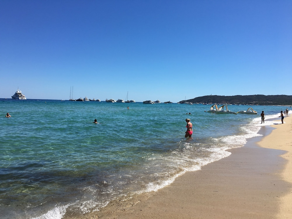 Sea View In The Gulf Of St Tropez On The Pampelonne Beach Camping