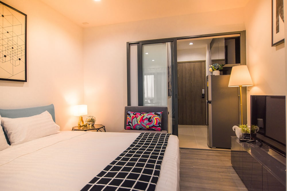 Roomme Hospitality The Rich Branch 2019 Deals Promotions