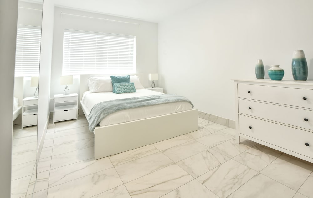 Sirena Suites Miami Beach in Miami | Hotel Rates & Reviews