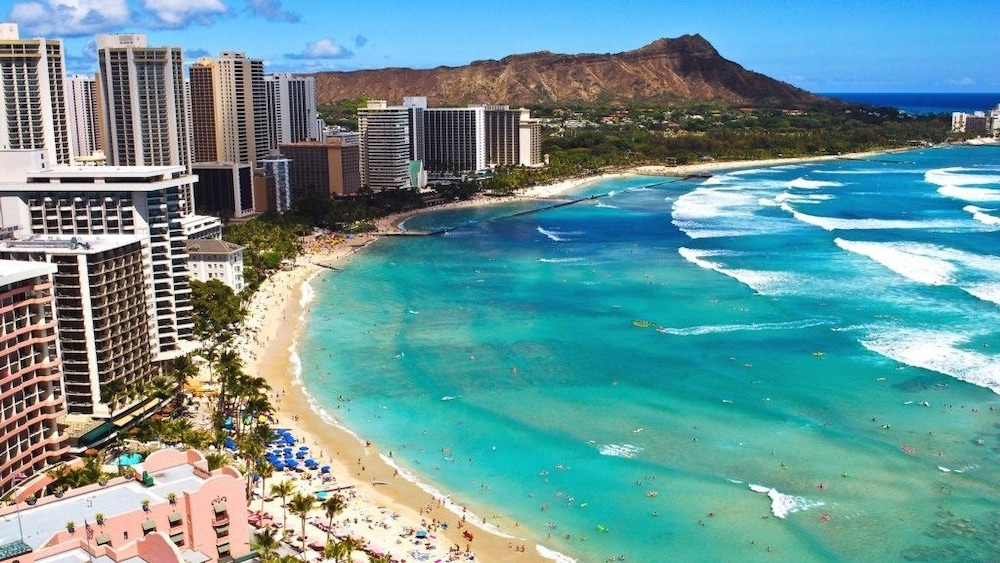 Waikiki Beach Walk In Honolulu Hotel Rates Reviews On Orbitz