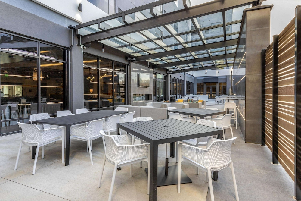 Terrace/Patio, Cambria Hotel Arundel Mills-BWI Airport