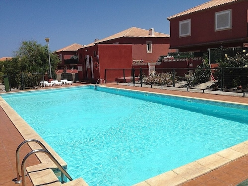 Private Terrace / Pool / Free Wifi / TV SAT ,