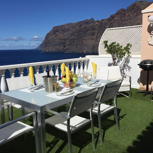 LOS Gigantes-tenerife-penthouse With 2 Bedrooms