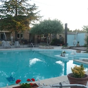 Detached Villa 2 to 10 People, Swimming Pool, Private spa Carpentras