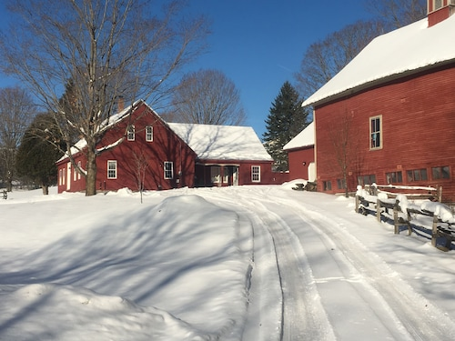 Great Place to stay Classic Vt Farmhouse Close to Kingdom Trails near Lyndon