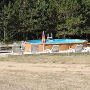 Chalet With 2 Bedrooms in Les Tourettes, With Pool Access and Enclosed Garden - 100 km From the Slopes